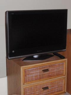 32 inch LCD TV in 2nd bedroom