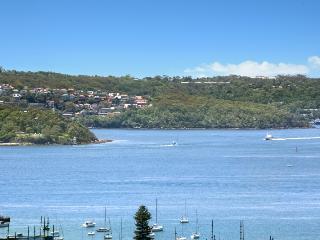 Luxurious Sydney Harbour Spectacular, Edgecliff