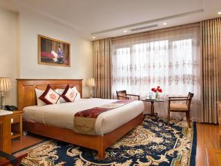 Luxury Room at Silk Queen Hotel, Hanoi