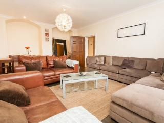 New Town 5 Bedroom Apartment, Edinburgh