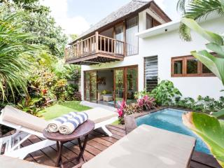 Hidden River Cottage - 100 metres from beach, Canggu