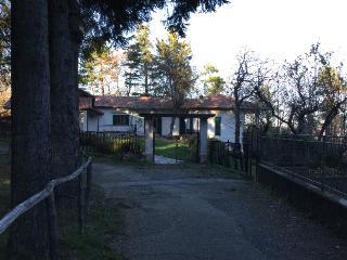 Villa in campagna con terreno a 1 ora da Genova, Urbe