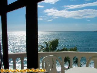 Casa Antonio N° 6 *** Beachfront Apartment ***