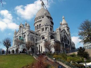 Appartement de charme proche Montmartre, Paris