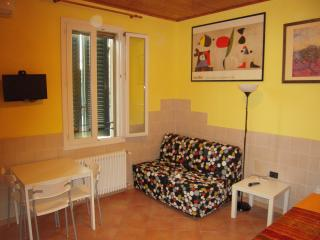 cute apartment near the old town, Bolonia