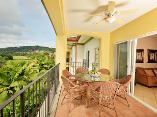 3 Bedroom Luxury Condo Pacific Ocean View