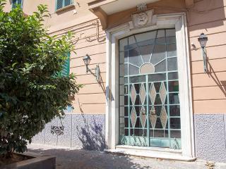 at home lettieri orange, Naples
