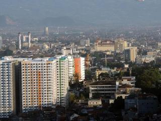 VINA APARTMENT, Bandung