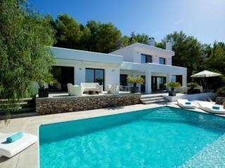Luxury Villa by Famous Spanish Designer, Cala Tarida