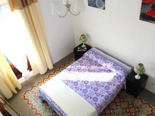 Cozy room in the heart of Valencia