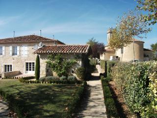 Maison  avec piscine, au coeur de la campagne Gers, Saint-Clar
