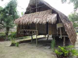 Chui's bar&hut, Ko Phra Thong