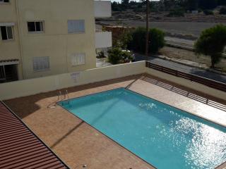2 bedroom flat with pool, Larnaka City