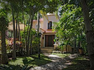 Casa Almendra Golf Club, Playa del Carmen
