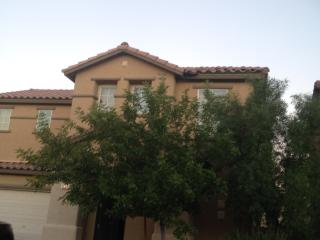 4BD/2 Story Large South Strip Home