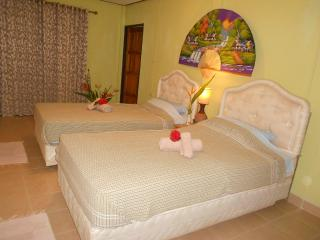 Bang Sare-MANGO= Comfort-Bungalow ,free WIFI,,Nature-Relax-Privacy