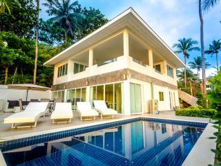 Coconut Bay Villa Beach Front, Ko Lanta