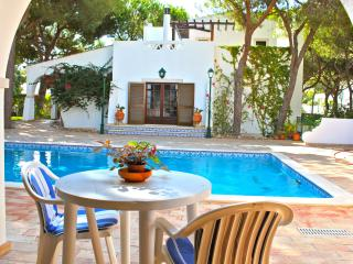 Ross Orange Apartment, Faro, Algarve