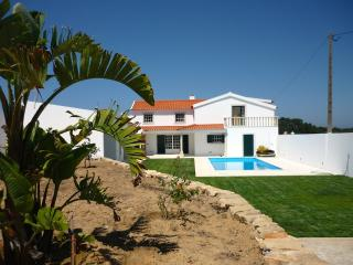 Emerald Villa - (By Rental Retreats), Obidos