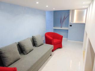EASY APARTMENT MILANO - APPARTAMENTO BRAMANTE, Milaan