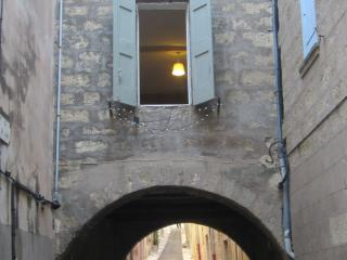 House on the Bridge, Pézenas