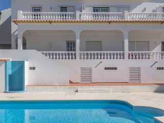 Courante Red Apartment, Albufeira, Algarve