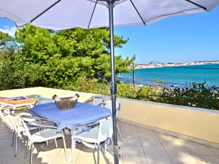 Turtle Beach 3-Bedroom House, Laganas