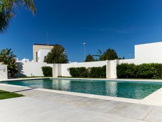 Modern, Pool, 350 mts from the beach (18077), Conil de la Frontera