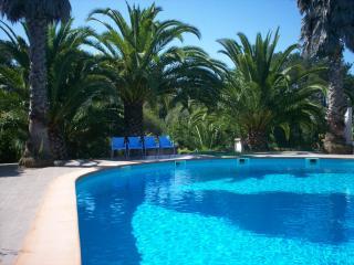 Casa com piscina num ambiente tranquilo e familiar, Leiria