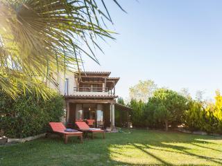 Cozy Lux Pool Villa II, Afytos (3BD), Afitos