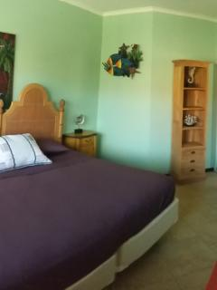 Second bedroom with twin beds put together