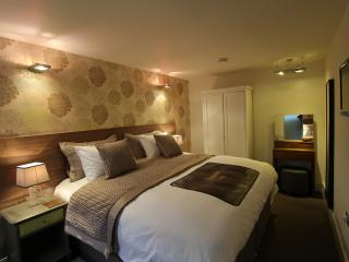 The Whistle Stop Contemporary Cosy Accommodation, Henfield