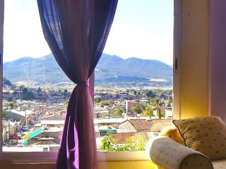Cozy 3 Bedroom Apartment Best View & Fireplace, San Cristobal de las Casas
