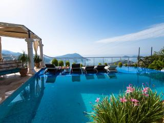V.Truva (FREE CAR OR TRANSFERS, Kalkan