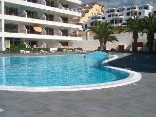 Aparthotel in Playa la Arena with ocean views