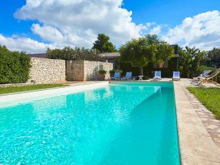 Sicily villa with pool, Menfi