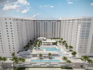 The Roney Palace Condominiums, Miami Beach