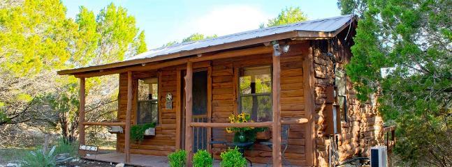 Cozy Cabin, Wimberley