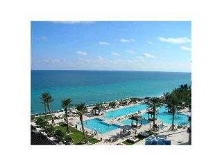 Paradise on Beach!!!!! Beatifull 1 bed ,  1 bath, Hallandale Beach