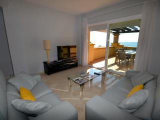 2 bedroom frontline beach apartment, Marbella