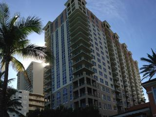 Ocean Front/view 2br And 2bath For Rent, Hallandale