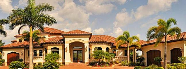 4 bedroom luxury villa in Cape Coral. Heated pool and spa, only 2 minutes to the river