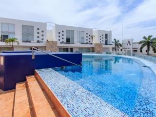 Plaza Par.1203 - Penthouse 2b/2bath ~ RA61742, Playa del Carmen