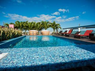 Doca 202 - 2 Bedrooms & Jacuzzi ~ RA61724, Playa del Carmen