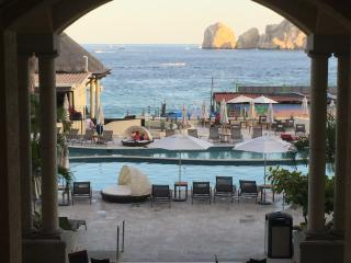 Beautiful 2BR beachfront condo--Medano Beach, Cabo San Lucas