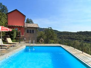 Peaceful private villa with swimming pool