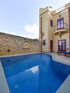 Ta Tibna Villa with Private Pool