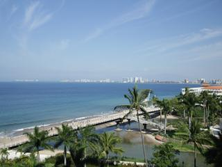 Oceanfront Puerto Vallarta 3bd 3ba Modern Luxury