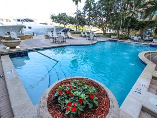 Comfort 2 Bedroom Sunrise Family Apartments, Fort Lauderdale