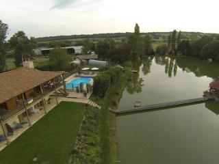 Lakeside Gites (gite 2), Vendee, France, Mouilleron-en-Pareds